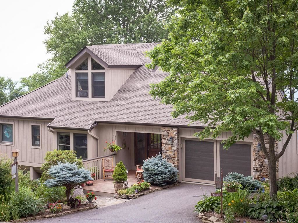 Photo of 435 Rhododendron Lane, Burnsville, NC 28714 (MLS # 3503190)