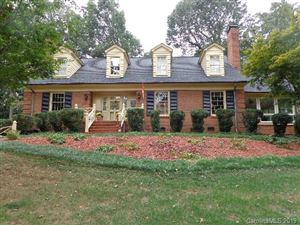 Photo of 318 Valley Stream Road, Statesville, NC 28677 (MLS # 3554194)