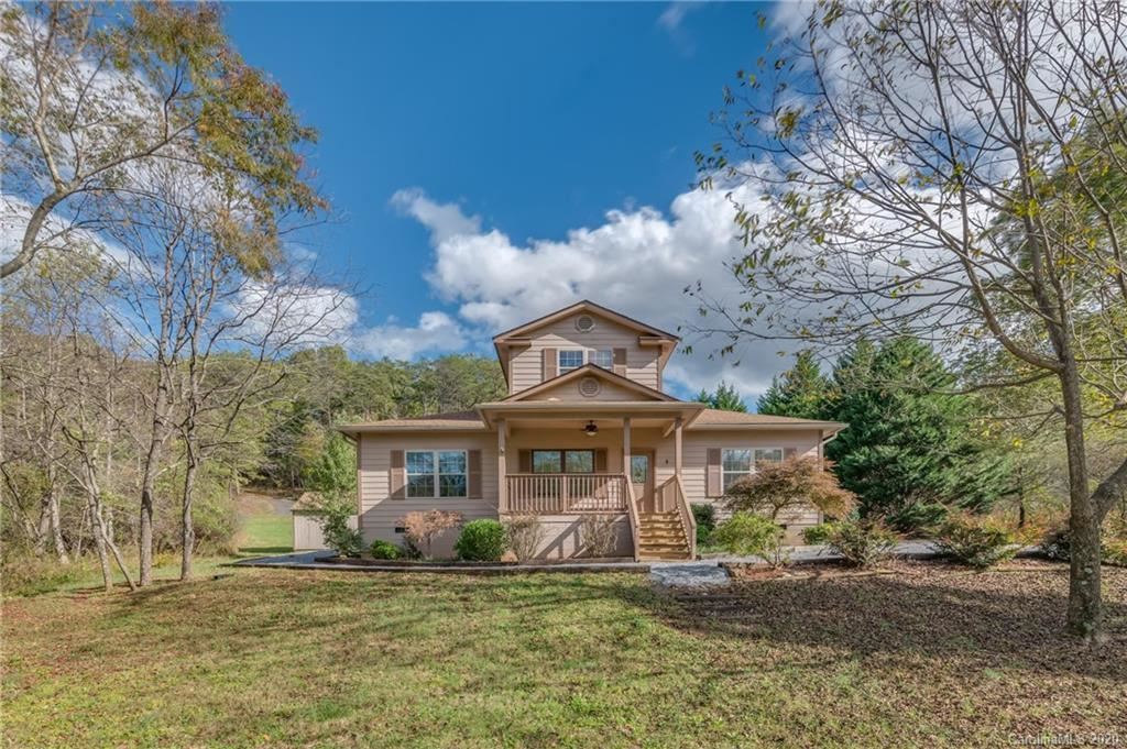 Photo of 146 Apple Meadow Court, Lake Lure, NC 28746-6306 (MLS # 3678203)