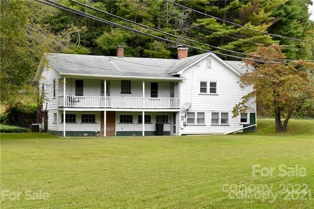 Photo of 54 Cabin Road, Spruce Pine, NC 28777 (MLS # 3726205)