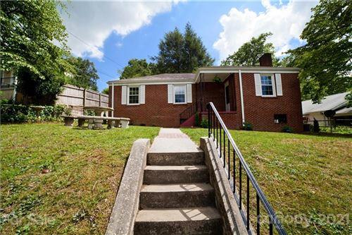 Photo of 538 Alta Vista Lane, Hendersonville, NC 28791-4401 (MLS # 3757211)
