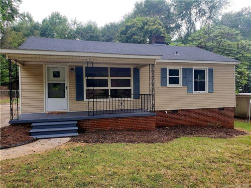 Photo of 1306 Kings Road, Shelby, NC 28150-6041 (MLS # 3662213)