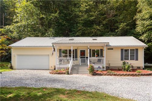 Photo of 36 Woodmore Drive, Waynesville, NC 28785 (MLS # 3583216)
