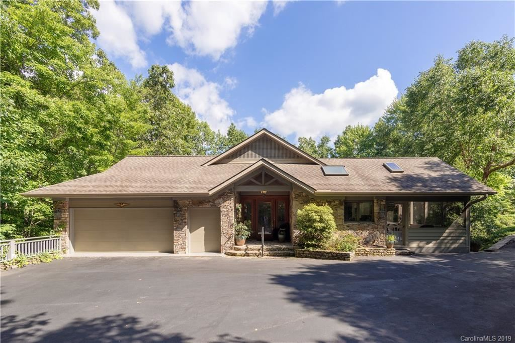 Photo of 117 Little Cherokee Ridge, Hendersonville, NC 28739 (MLS # 3531216)