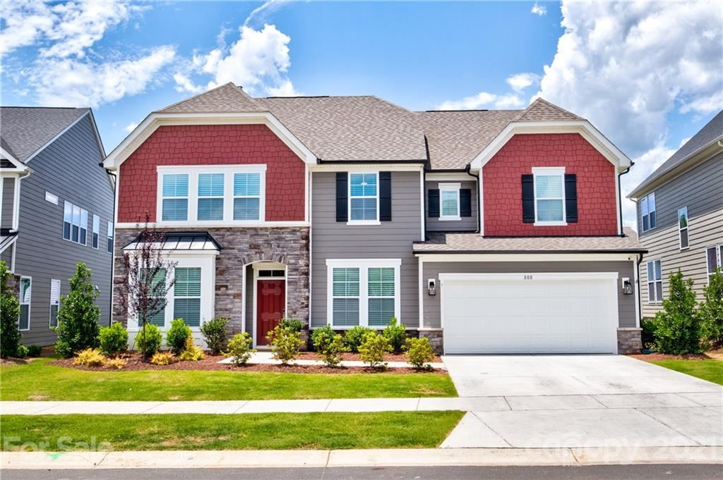 Photo for 808 Flatwater Court, Fort Mill, SC 29708-0250 (MLS # 3748218)