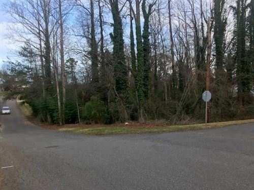 Photo of 2410 11th Street, Hickory, NC 28601 (MLS # 3583225)
