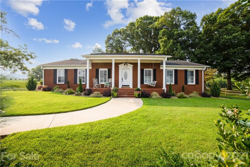Photo for 2762 Lincolnton Highway, Cherryville, NC 28021-8348 (MLS # 3763230)