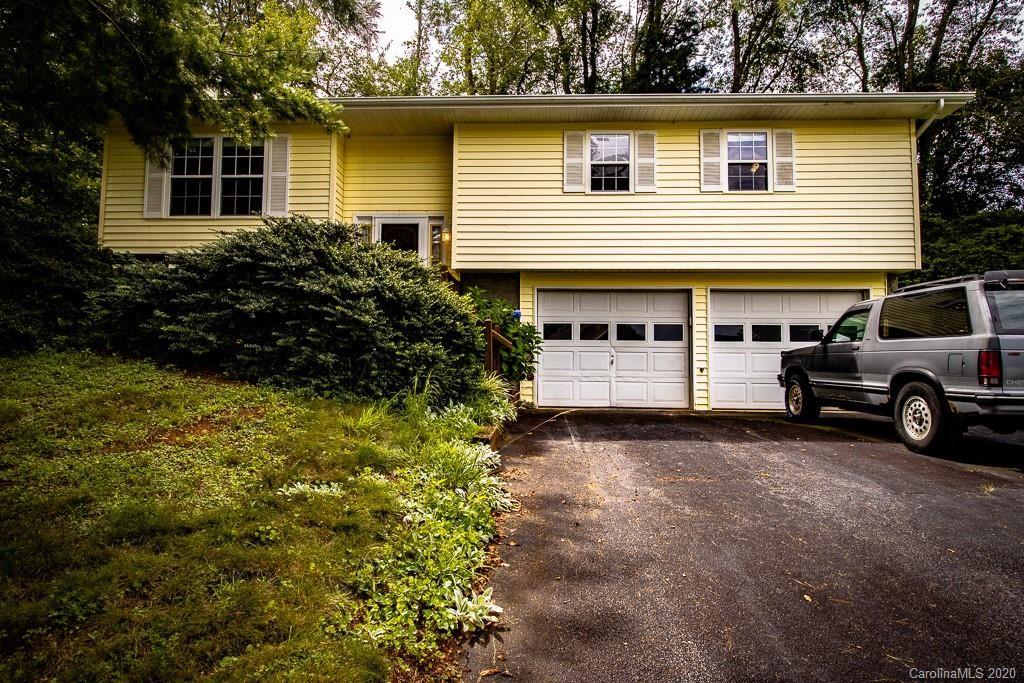 Photo of 20 Clovernook Drive, Arden, NC 28704 (MLS # 3626233)