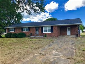 Photo of 903 Oakvale Drive, Shelby, NC 28150 (MLS # 3547239)