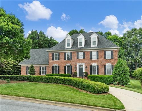 Photo of 321 40th Ave Drive NW, Hickory, NC 28601 (MLS # 3629246)