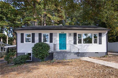 Photo of 604 Westwood Circle, Gastonia, NC 28052-1972 (MLS # 3797263)