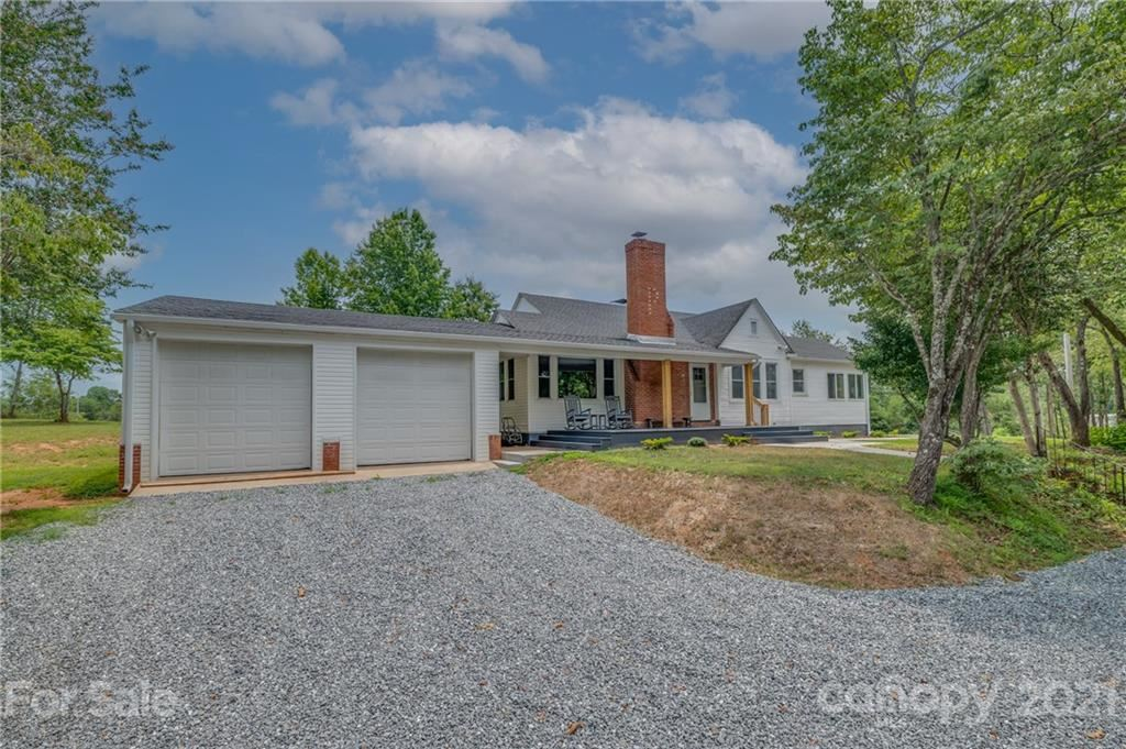 Photo of 11 Will Green Road, Tryon, NC 28782 (MLS # 3766266)