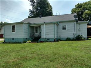 Photo of 2006 4th Street SW, Hickory, NC 28602 (MLS # 3530270)