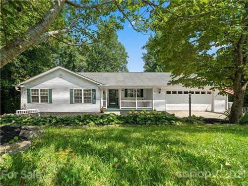 Photo of 106 Red Cedar Drive, Hendersonville, NC 28792-9390 (MLS # 3767282)