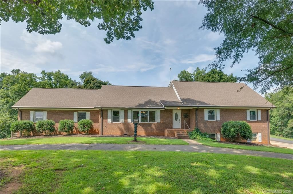 Photo of 1914 Coxe Road, Rutherfordton, NC 28139 (MLS # 3664285)