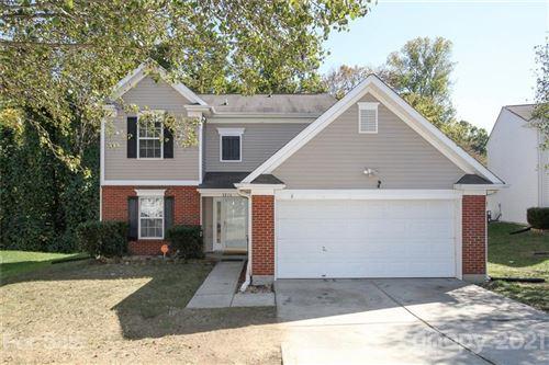 Photo of 8816 Belle Bragg Way, Charlotte, NC 28214-0302 (MLS # 3799289)