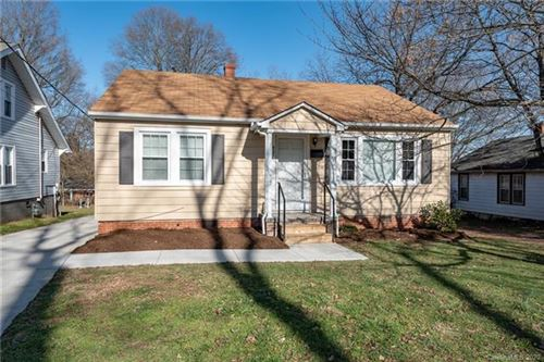 Photo of 827 9th Ave Place NE, Hickory, NC 28601 (MLS # 3586292)