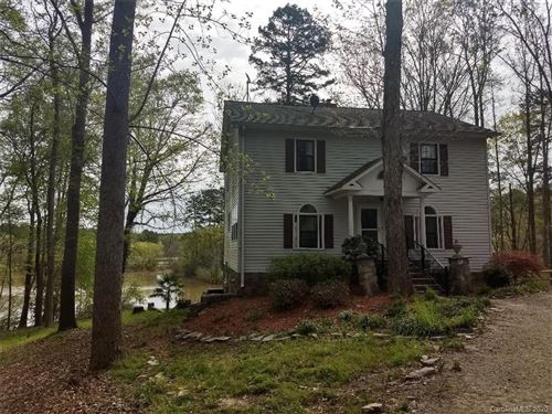 Photo of 411 Lake Wylie Road, Belmont, NC 28012 (MLS # 3601293)
