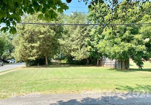 Photo of 142 W Garrison Boulevard, Gastonia, NC 28052 (MLS # 3769294)