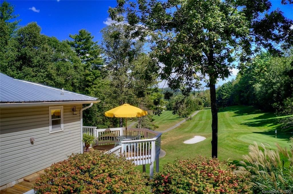 Photo of 406 Hickory Hill Drive, Spruce Pine, NC 28777-8559 (MLS # 3671294)