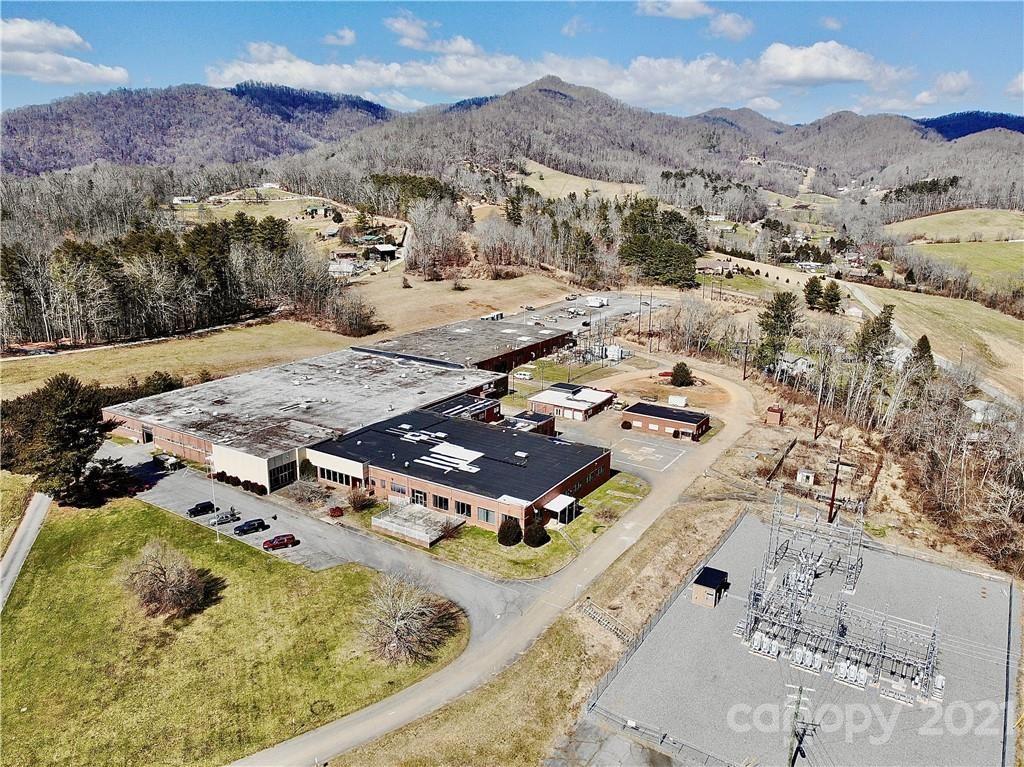 Photo of 400 Hickory Drive, Mars Hill, NC 28754-0470 (MLS # 3717299)