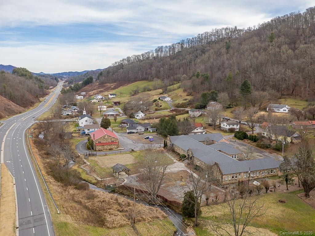 Photo of 100 Bald Creek School Road, Burnsville, NC 28714 (MLS # 3583304)