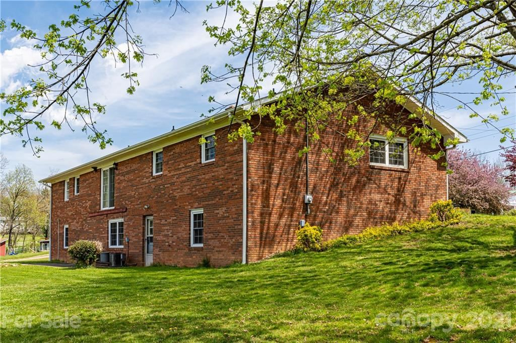 Photo of 34 Hendrix Drive, Candler, NC 28715-8511 (MLS # 3724312)