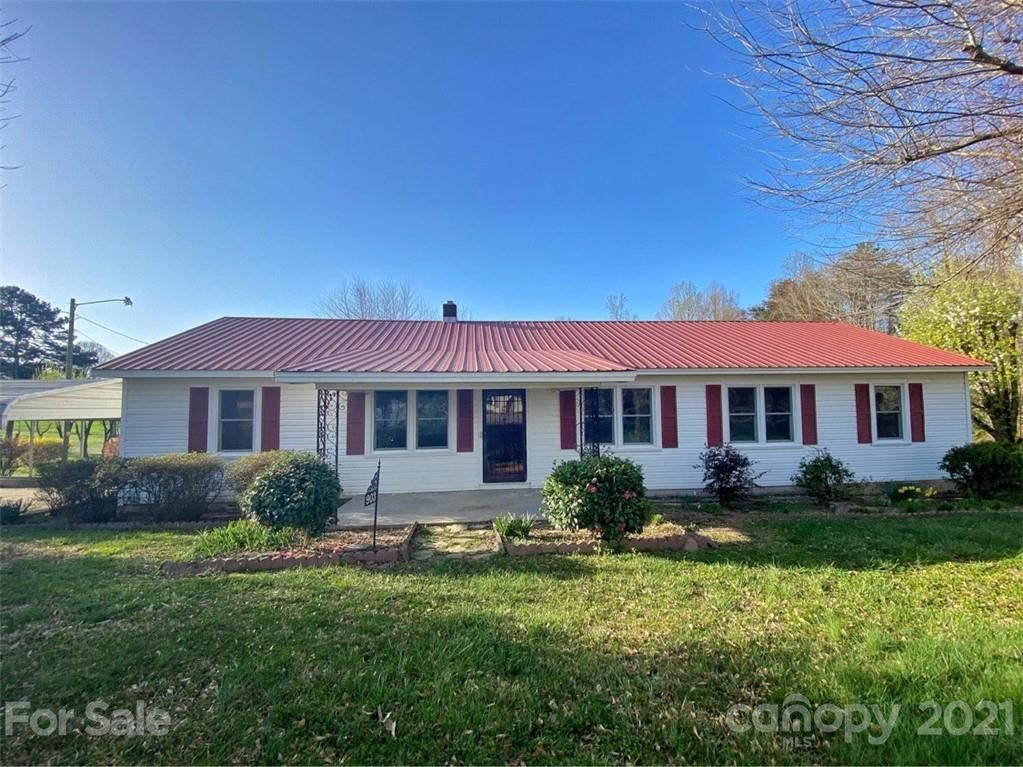 Photo for 903 Delview Road, Cherryville, NC 28021-2370 (MLS # 3721314)