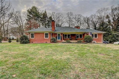 Photo of 304 W Old Post Road, Cherryville, NC 28021 (MLS # 3585315)