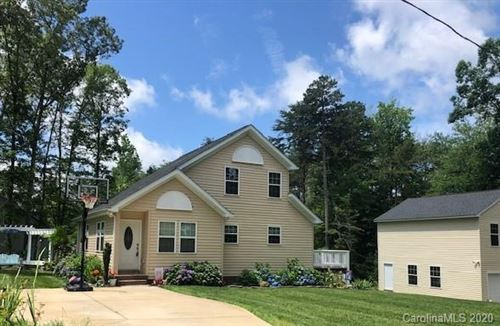 Photo of 7706 Red Robin Trail, Denver, NC 28037 (MLS # 3580316)