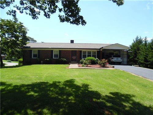 Photo of 2667 Crest Drive, Newton, NC 28658 (MLS # 3633326)