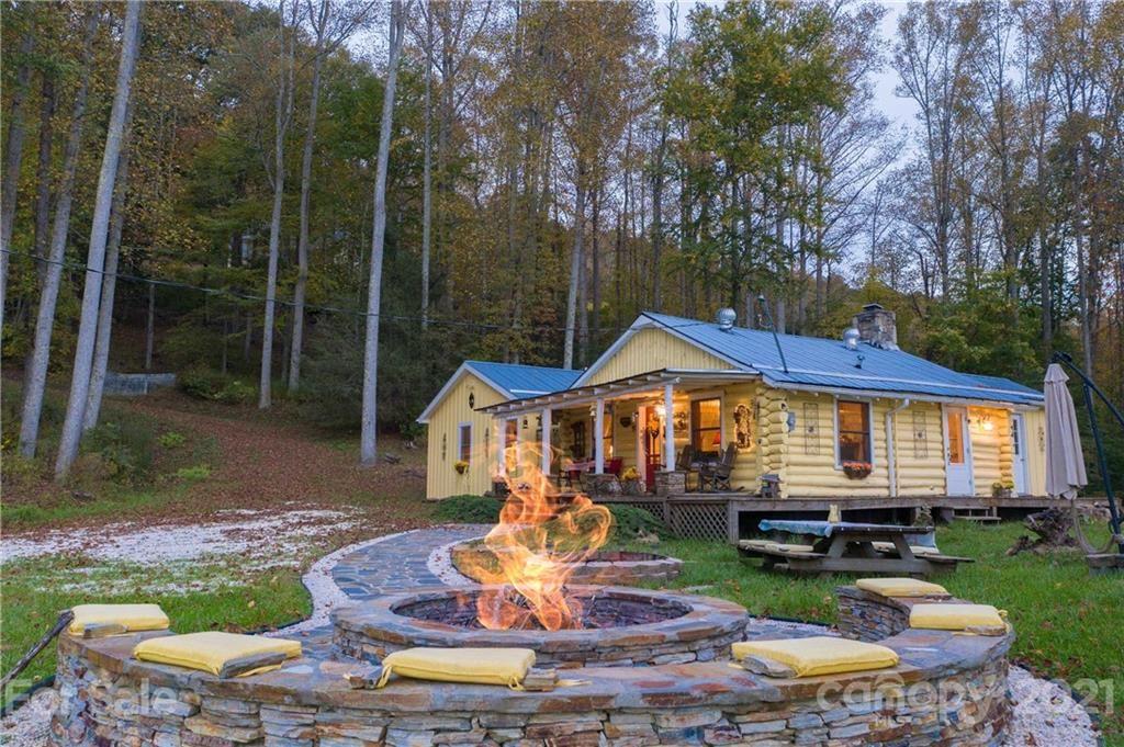 Photo of 2816 Rabbit Hop Road, Spruce Pine, NC 28777 (MLS # 3649328)