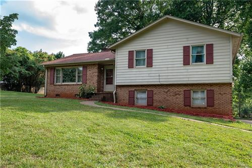 Photo of 1653 Magnum Road, Hickory, NC 28602-9468 (MLS # 3628339)