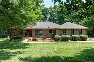Photo of 634 Sunridge Drive, Lincolnton, NC 28092 (MLS # 3519340)