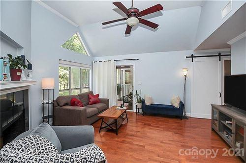 Photo of 2502 Cranbrook Lane #8, Charlotte, NC 28207-2026 (MLS # 3767348)