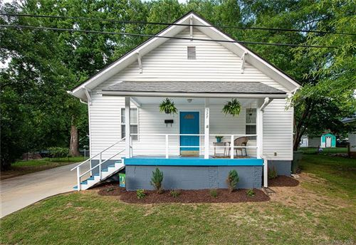 Photo of 327 Lutz Avenue, Mooresville, NC 28115-3226 (MLS # 3628353)