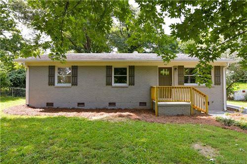 Photo of 925 Tanglewood Drive, Gastonia, NC 28054-5520 (MLS # 3634361)