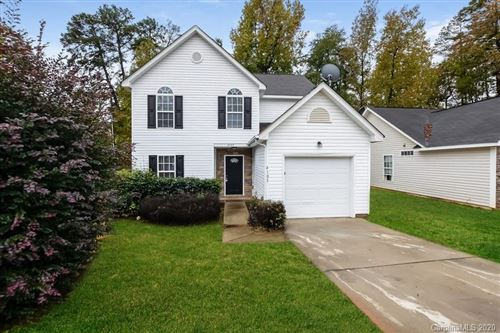 Photo of 4105 Parkdale Drive, Charlotte, NC 28208-3380 (MLS # 3687361)