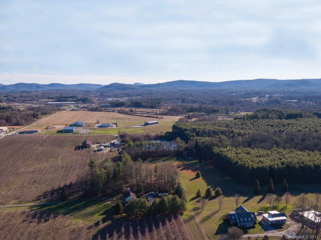 Photo of 1001 McMurray Road, Flat Rock, NC 28731 (MLS # 3239361)