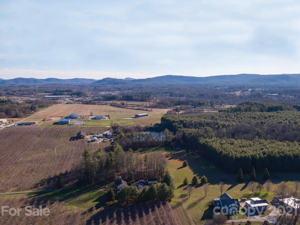 Photo of 337 McMurray Road, Flat Rock, NC 28731-5774 (MLS # 3239366)