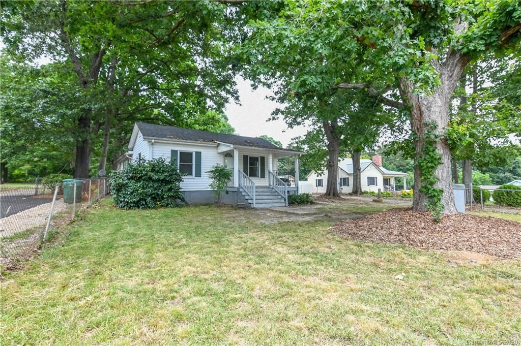 Photo for 1932 Perfection Avenue, Belmont, NC 28012 (MLS # 3648368)