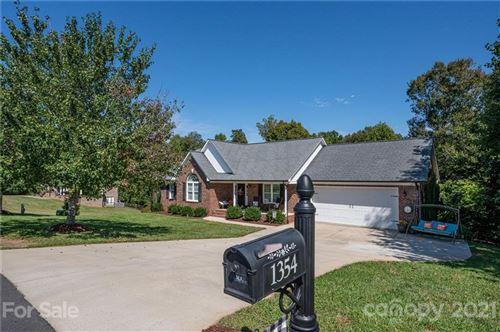 Photo of 1354 Sedgewood Lane, Lincolnton, NC 28092-7628 (MLS # 3791370)