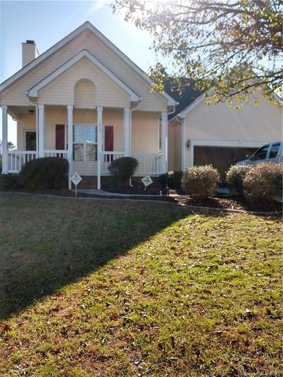 Photo for 1816 Conifer Circle #L16, Charlotte, NC 28213-3138 (MLS # 3683371)