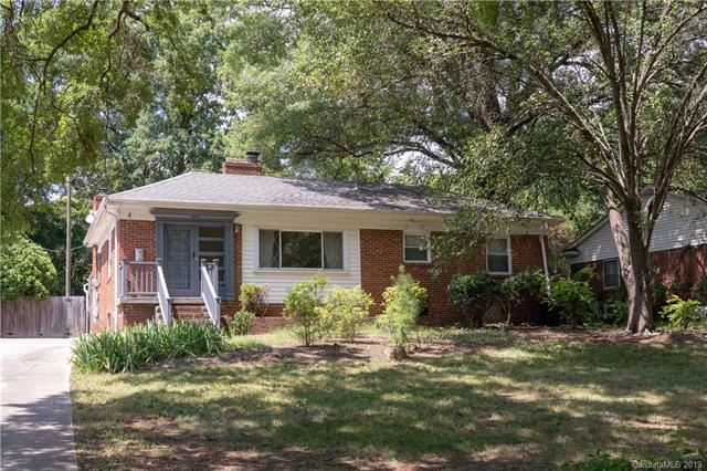 Photo for 2309 Arnold Drive, Charlotte, NC 28205 (MLS # 3527372)