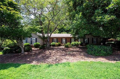 Photo of 1 Hickory Nut Lane, Lake Wylie, SC 29710 (MLS # 3534374)