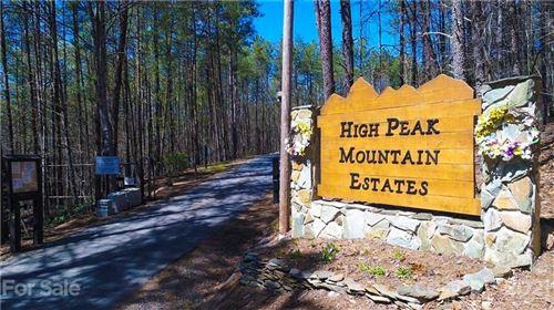 Photo of 4074 Mountain Vista Drive, Morganton, NC 28655 (MLS # 3702380)