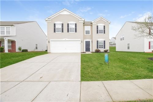 Photo of 308 Farm Springs Drive, Mount Holly, NC 28120 (MLS # 3609384)
