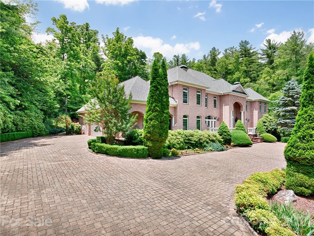 Photo of 16 Cedar Hill Drive, Asheville, NC 28803-3043 (MLS # 3708387)