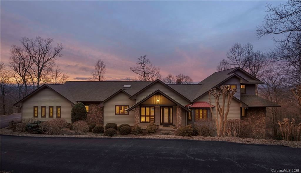 Photo of 210 High Road Overlook, Hendersonville, NC 28739-6392 (MLS # 3597395)