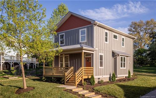 Photo of 14 Davenport Road, Asheville, NC 28806 (MLS # 3616396)